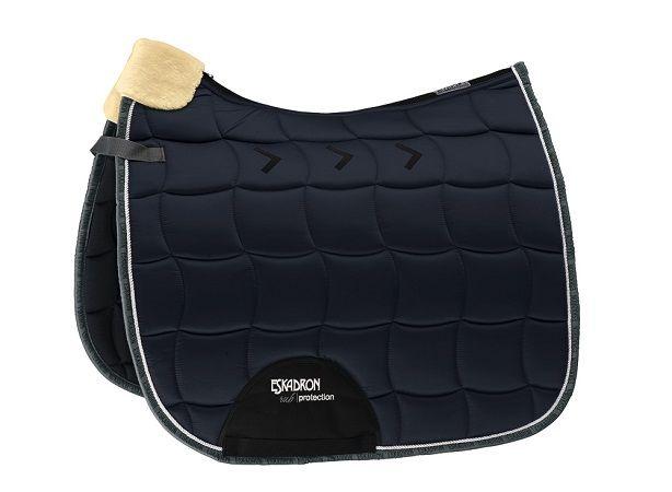 tapis glossy rub protection tapis de selle brokxsport. Black Bedroom Furniture Sets. Home Design Ideas